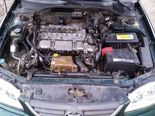 Toyota Avensis, 2000 год, 160 000 руб.