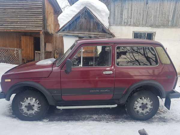 Лада 4x4 2121 Нива, 1996 год, 200 000 руб.