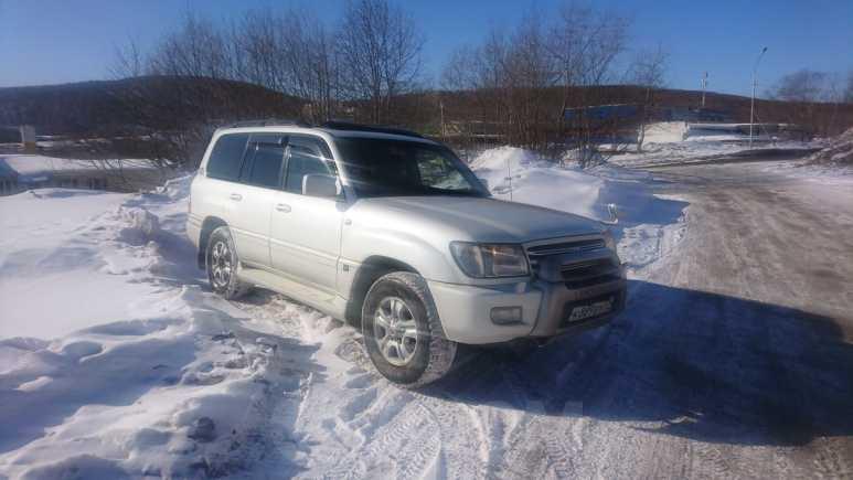 Toyota Land Cruiser Cygnus, 2003 год, 1 050 000 руб.