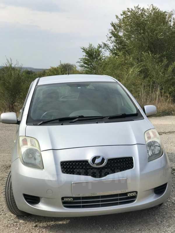 Toyota Vitz, 2005 год, 295 000 руб.