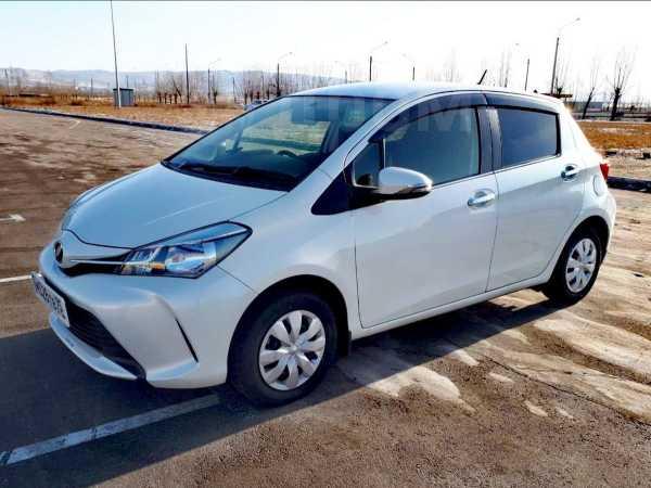 Toyota Vitz, 2015 год, 510 000 руб.
