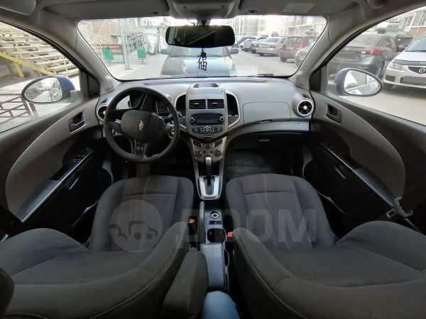 Chevrolet Aveo, 2012 год, 325 000 руб.