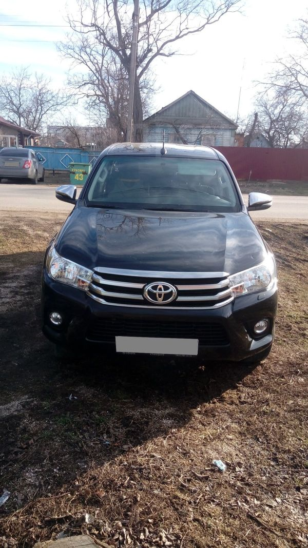 Toyota Hilux Pick Up, 2017 год, 1 750 000 руб.
