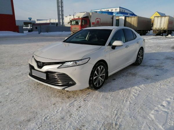 Toyota Camry, 2018 год, 2 100 000 руб.