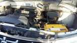 Toyota Grand Hiace, 2002 год, 1 050 000 руб.