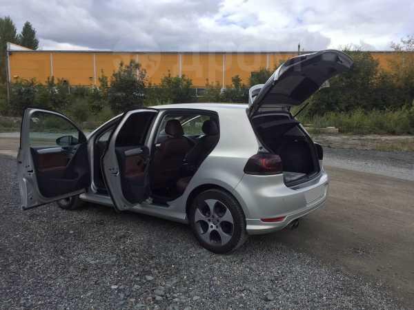Volkswagen Golf, 2010 год, 565 000 руб.