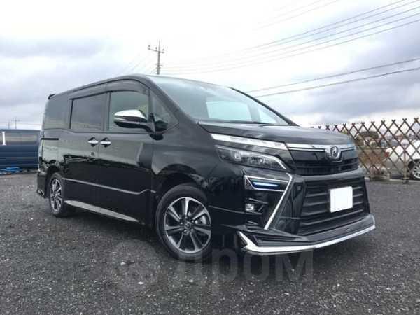 Toyota Voxy, 2019 год, 967 000 руб.