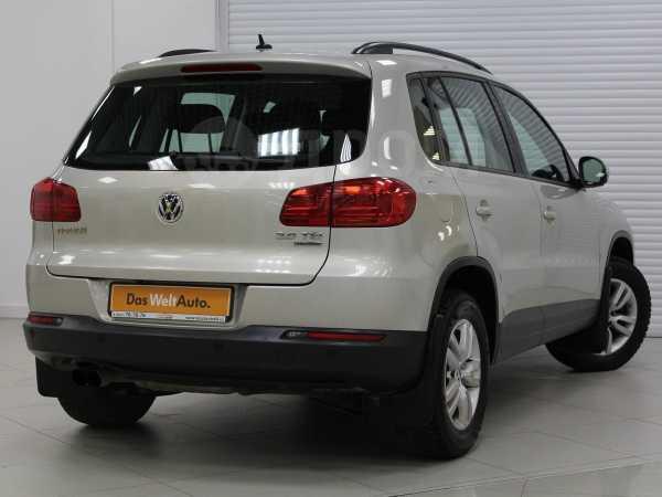 Volkswagen Tiguan, 2014 год, 888 000 руб.