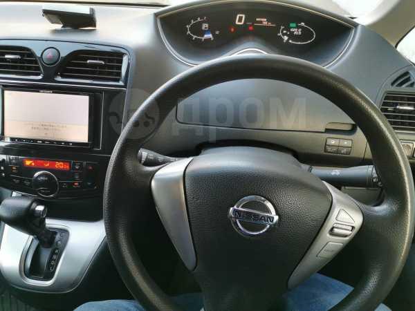 Nissan Serena, 2011 год, 820 000 руб.