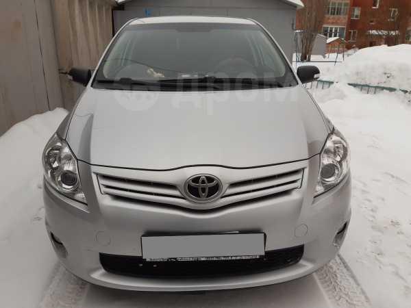 Toyota Auris, 2011 год, 650 000 руб.