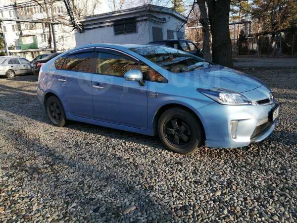 Toyota Prius PHV, 2012 год, 805 000 руб.
