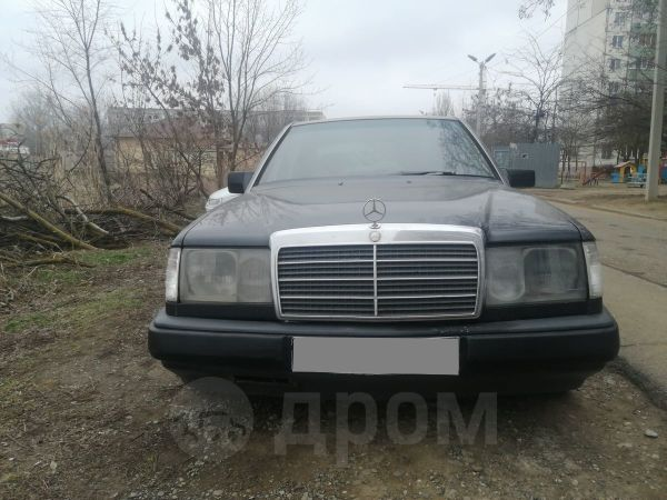 Mercedes-Benz E-Class, 1992 год, 90 000 руб.