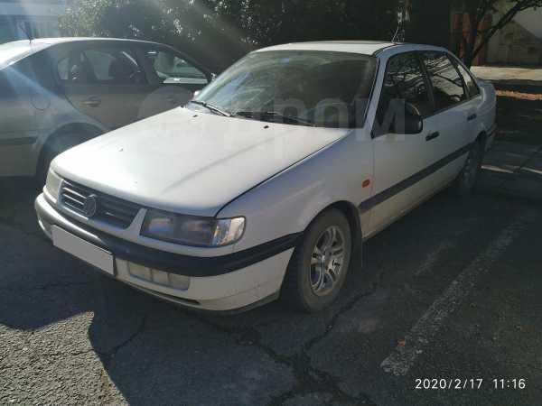 Volkswagen Passat, 1995 год, 140 000 руб.