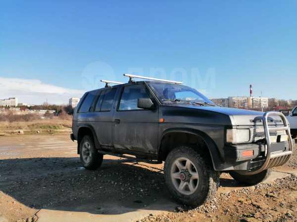 Nissan Terrano, 1991 год, 260 000 руб.