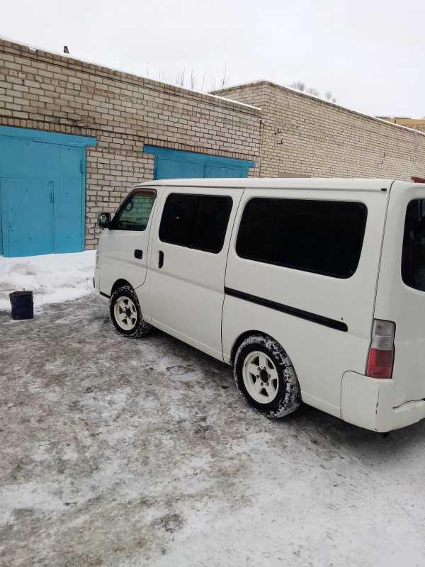 Nissan Caravan, 2002 год, 320 000 руб.