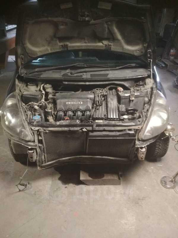 Honda Fit, 2001 год, 120 000 руб.
