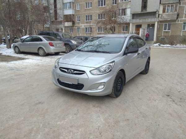 Hyundai Solaris, 2012 год, 409 000 руб.