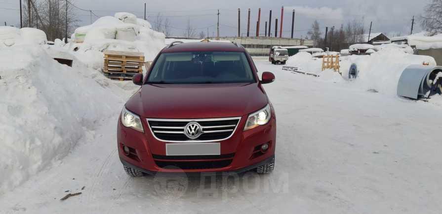 Volkswagen Tiguan, 2009 год, 665 000 руб.