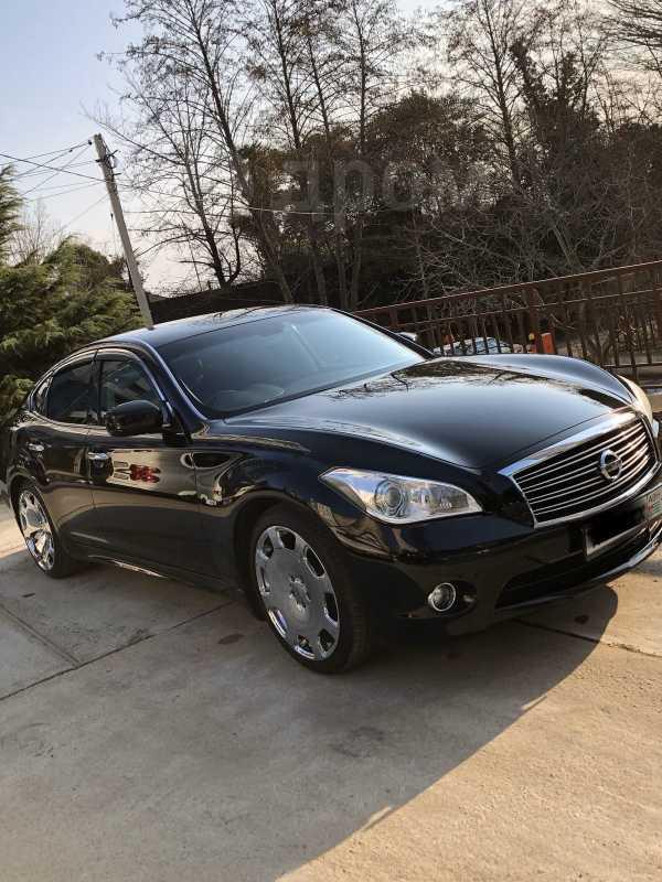 Nissan Fuga, 2010 год, 650 000 руб.