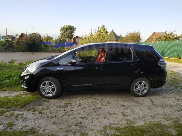 Honda Fit Shuttle, 2014 год, 800 000 руб.