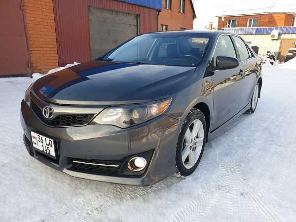 Toyota Camry, 2012 год, 700 000 руб.