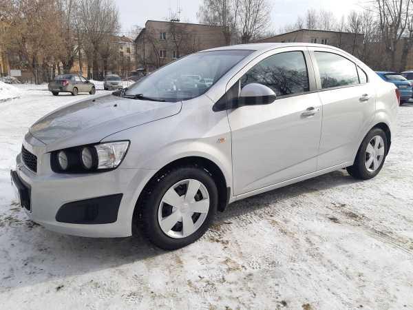 Chevrolet Aveo, 2014 год, 393 000 руб.