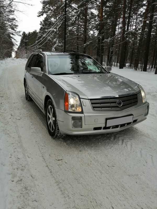 Cadillac SRX, 2004 год, 530 000 руб.