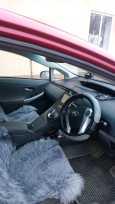 Toyota Prius, 2011 год, 700 000 руб.