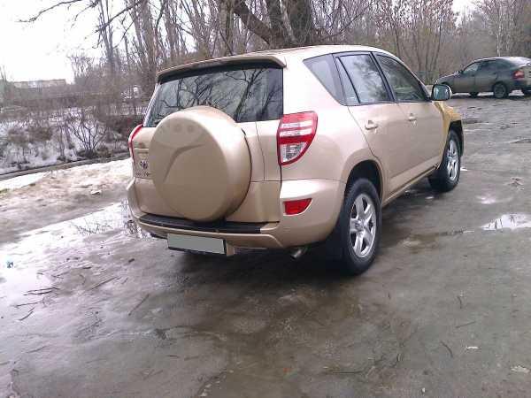 Toyota RAV4, 2010 год, 390 000 руб.