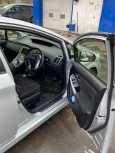 Toyota Prius, 2012 год, 799 000 руб.