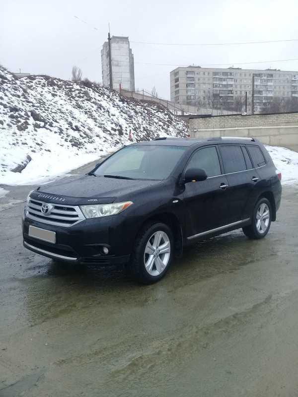 Toyota Highlander, 2011 год, 1 070 000 руб.