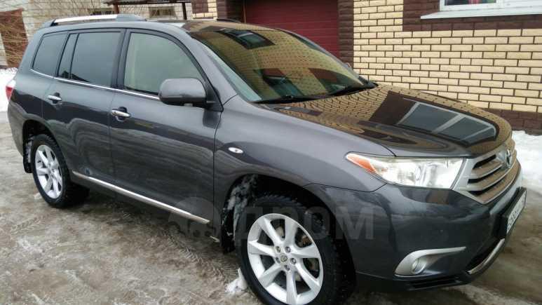 Toyota Highlander, 2012 год, 1 180 000 руб.