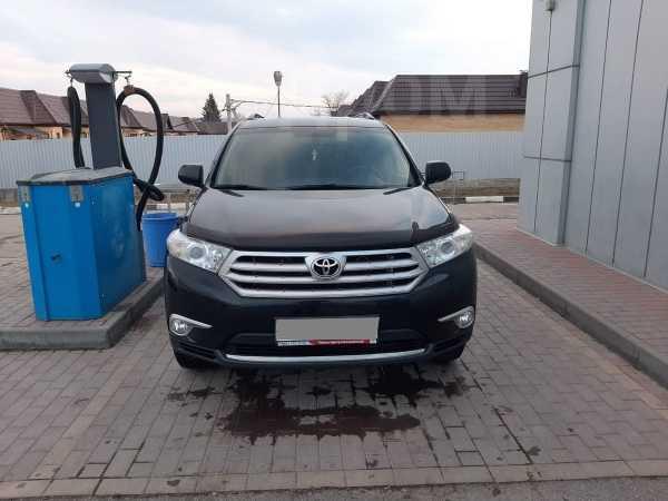 Toyota Highlander, 2013 год, 1 497 000 руб.
