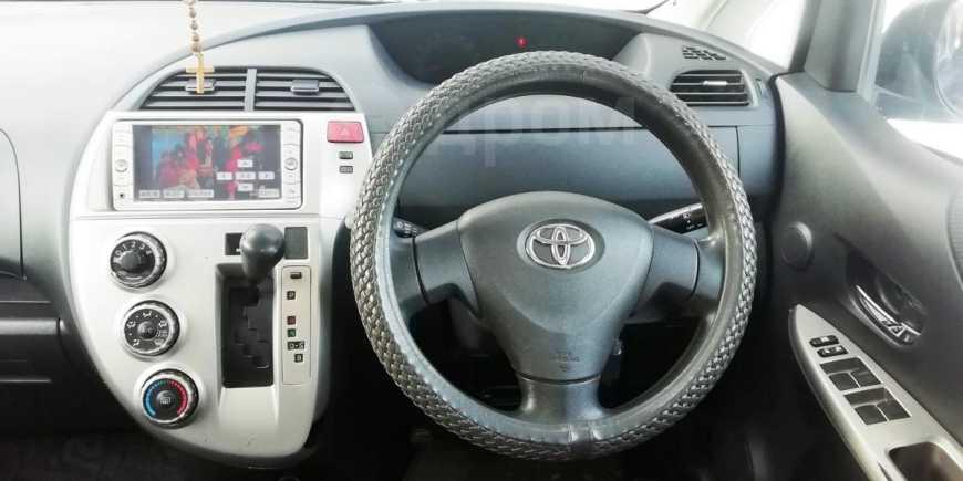 Toyota Ractis, 2010 год, 420 000 руб.