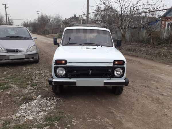 Лада 4x4 2121 Нива, 1999 год, 85 000 руб.
