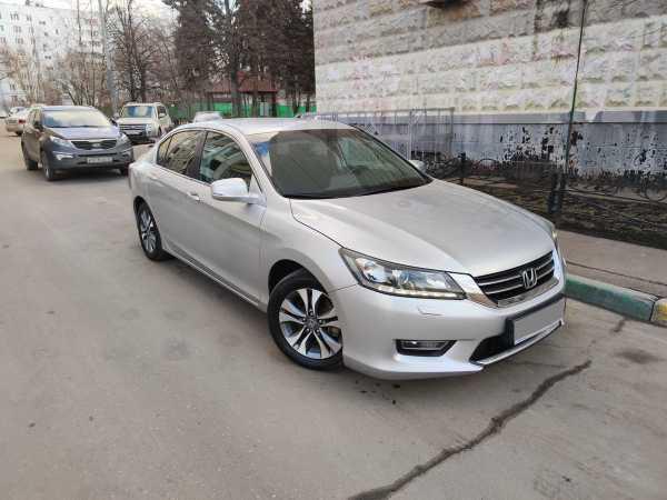 Honda Accord, 2013 год, 870 000 руб.
