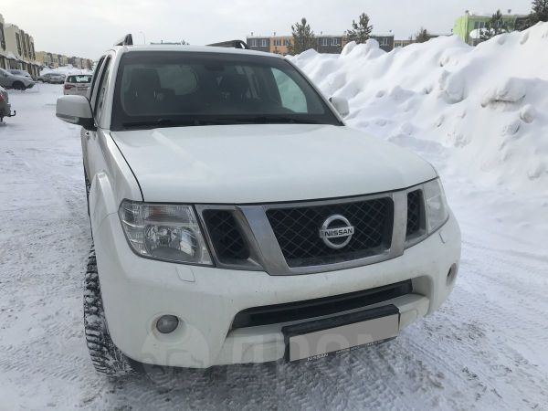 Nissan Pathfinder, 2012 год, 1 090 000 руб.