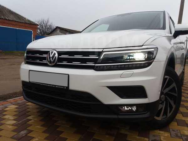 Volkswagen Tiguan, 2018 год, 1 799 000 руб.