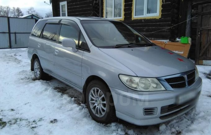 Nissan Presage, 2002 год, 425 000 руб.