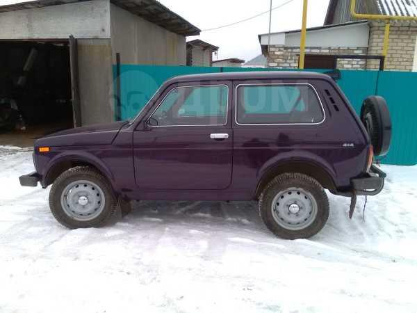 Лада 4x4 2121 Нива, 2002 год, 172 000 руб.