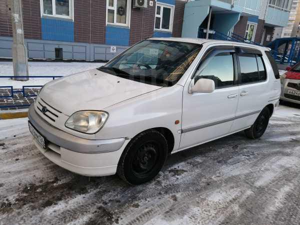 Toyota Raum, 1999 год, 240 000 руб.