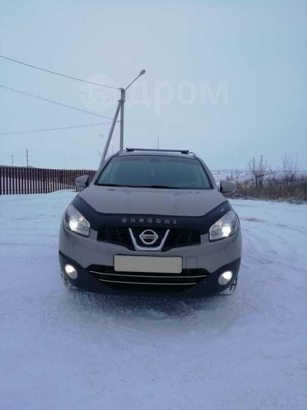 Nissan Qashqai+2, 2011 год, 700 000 руб.