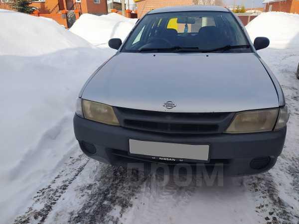 Nissan NV150 AD, 1999 год, 160 000 руб.