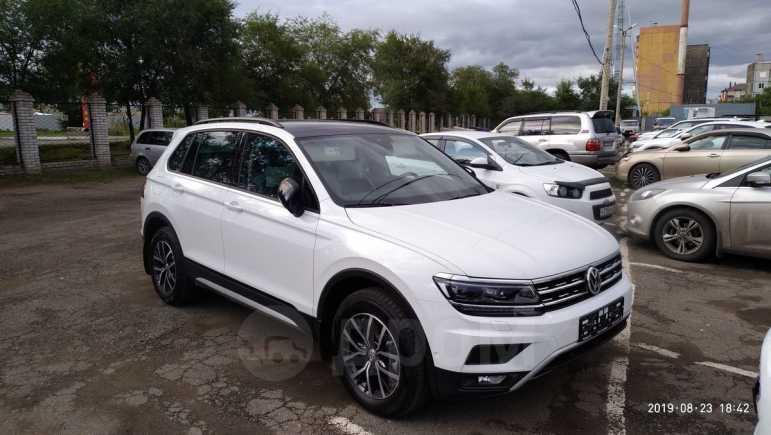 Volkswagen Tiguan, 2019 год, 2 385 000 руб.