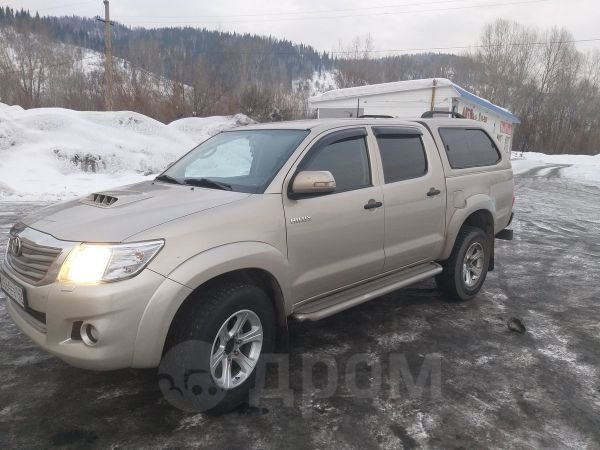 Toyota Hilux Pick Up, 2014 год, 1 120 000 руб.