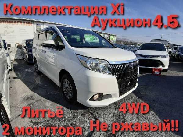 Toyota Esquire, 2015 год, 1 410 000 руб.