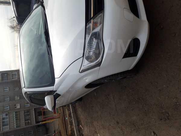Toyota Corolla Fielder, 2014 год, 655 000 руб.