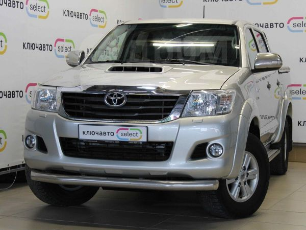 Toyota Hilux Pick Up, 2013 год, 1 200 030 руб.