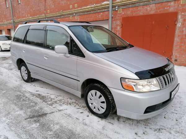 Nissan Bassara, 2001 год, 315 000 руб.