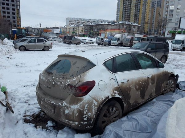 Opel Astra, 2011 год, 250 000 руб.